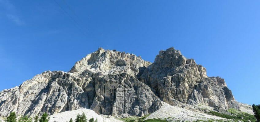 Sentiero dei Kaiserjager e Gallerie del Lagazuoi dal Passo Falzarego