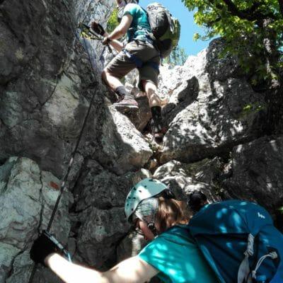 Gli ultimi tratti attrezzati prima di raggiungere la Cima Capi.