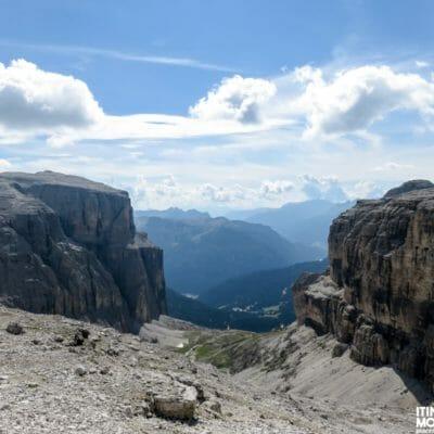 In prossimità della Forcella d'Antersass, a ben 2839 m di altitudine.